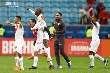 3ゴールで王者チリを下したペルーが44年ぶりの決勝進出!