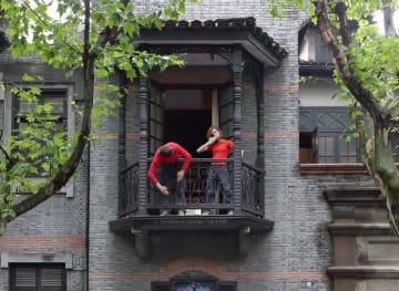 パリ・オペラ座バレエ団が上海市のイメージ写真を撮影