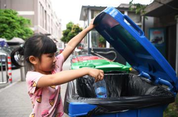 ごみ分別が日常生活の「新たなスタイル」に 重慶市