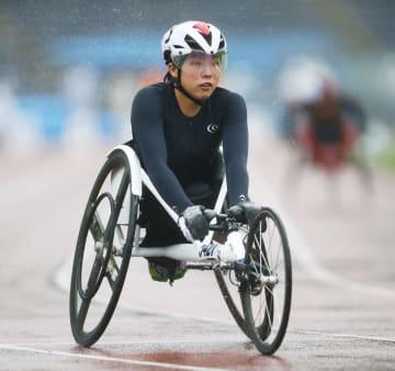 女子100メートル(車いす)決勝 17秒38の日本新記録で優勝した村岡桃佳=町田市立陸上競技場