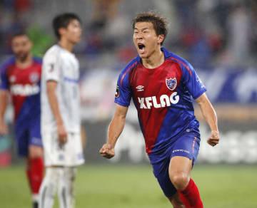 FC東京―G大阪 前半、同点ゴールを決め、雄たけびを上げるFC東京・永井=味スタ