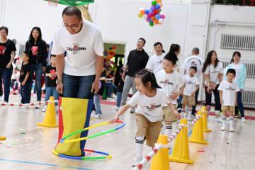 中国の子育て環境、都市部と農村部の差縮まる 調査結果