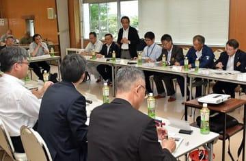 高校生による観光農業やスマート農業振興の可能性について意見交換した連携協議会