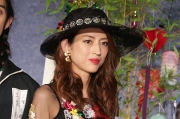連続ドラマ「ルパンの娘」の会見に登場した小沢真珠さん