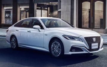"""クラウン特別仕様車 S""""Elegance Style""""(2.5Lハイブリッド車)<オプション装着車>(画像: トヨタ自動車の発表資料より)"""