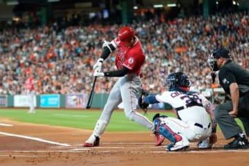 7日、アストロズのゲリット・コールから二塁打を放ったエンゼルス・大谷翔平【写真:AP】