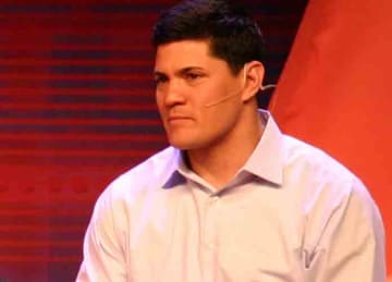 Tedy Bruschi at Inside ESPN NFL Flive in 2010 (Jeff Kern/Wikipedia)