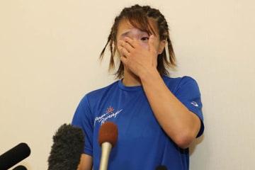 多くの思いが交錯し、勝利者インタビューの最中に涙ぐんだ川井梨紗子