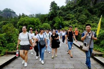 武夷山風景区が受け入れ再開 豪雨で2日間閉鎖 福建省
