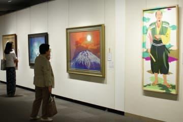 個性豊かな作品が並ぶ会場=そごう美術館