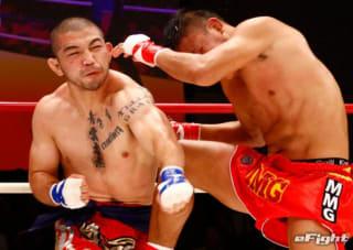 渡慶次幸平(左)は拳を骨折しながらも3連続KO中だ。