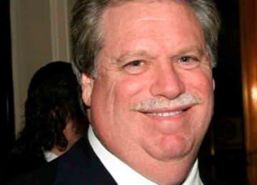 Top GOP fundraiser Elliott Broidy gets investigated