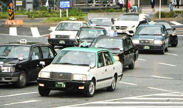 名古屋のタクシー会社が免許返納を後押しする