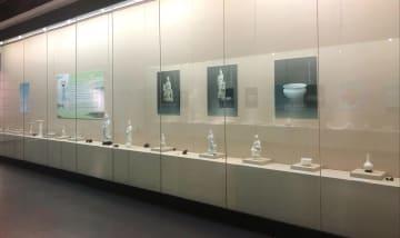 福建徳化窯の逸品約100点、黒竜江省博物館で公開