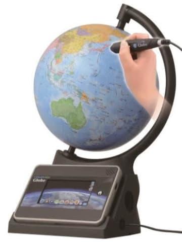 学びたい場所をペンでタッチ、タブレットに情報を表示