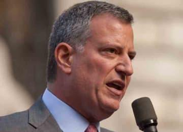 Description: New York City Mayoral front runner Bill de Blasio Date 2 November 2013, 12:47 Source Bill de Blasio Author Kevin Case from Bronx, NY, USA (Wikipedia)