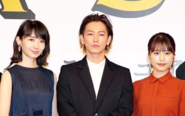 フローラ役の波瑠、ビアンカ役の有村架純に挟まれる佐藤健