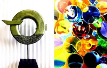 谷口万桜さんの作品「UNIVERSE」(右)、湯川佳応理さんの作品「Rising」