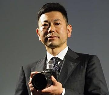 中判カメラに迫る高画質を実現したと話す、ソニーイメージングプロダクツ&ソリューションズデジタルイメージング本部 第一ビジネスユニットの大島正昭 担当部長