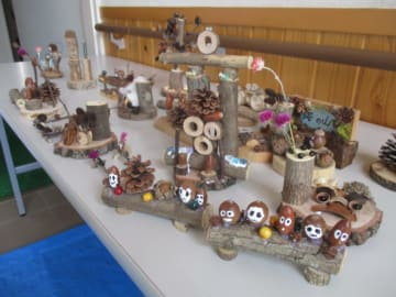 夏休みにクラフト教室!自然素材を使って大人も子どもも楽しもう@いせはら塔の山緑地公園