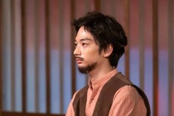 髭も似合うイケメン!須藤蓮 - 提供:NHK
