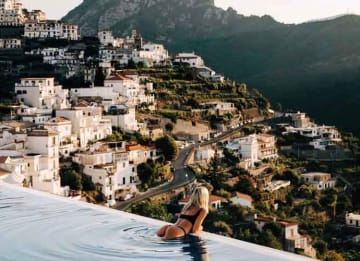 Lauren Bullen, Known As 'Gypsea_lust,' Gets Cheeky On The Amalfi Coast
