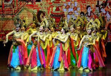 甘粛省の烏蘭牧騎歌舞、西安で公演