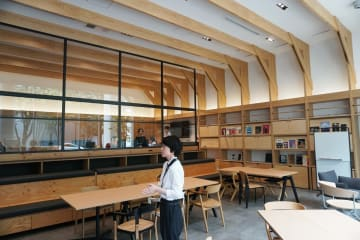 京セラが開設した「みなとみらいリサーチセンター」の共創スペース=横浜市西区