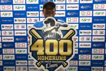400号本塁打を記録した西武・中村剛也【写真:安藤かなみ】