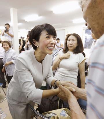 女性当選者28人、過去最多に並ぶ 政府目標には届かず 画像