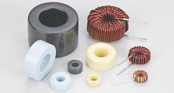 高機能粉末のひとつである軟磁性粉末はリアクトル圧縮コアの素材に使われる