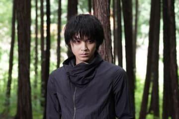連続ドラマ「TWO WEEKS」で灰谷を演じている磯村勇斗さん=カンテレ提供