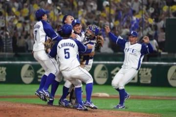都市対抗野球初優勝を果たしたJFE東日本【写真:荒川祐史】
