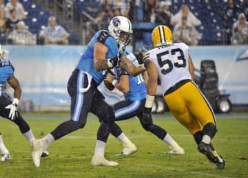 Titans' Taylor Lewan Ejected for Touching Official