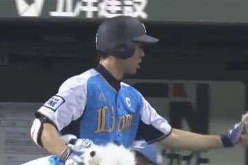 今季4本目の先頭打者ホームランを放った西武・秋山翔吾【画像:(C)PLM】