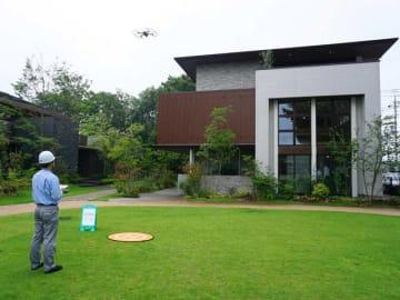 積水ハウスが8月から導入する、ドローンとロボットを駆使した住宅業界初の点検システム「スマートインスペクション」