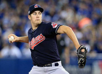 Indians' Trevor Bauer Leaves Game 3 of ALCS vs Blue Jays with Injury