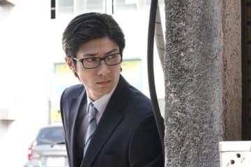 連続ドラマ「TWO WEEKS」で主人公の結城大地を演じている三浦春馬さん=カンテレ提供