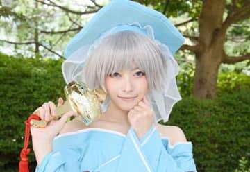 「世界コスプレサミット2019 in TOKYO」に登場したオリジナル衣装のコスプレーヤー