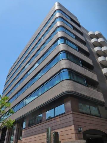 すてきナイスグループの本社ビル=横浜市鶴見区