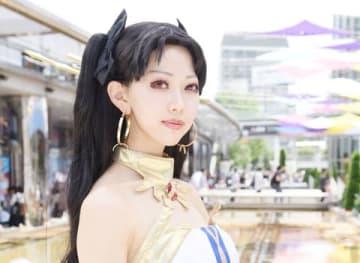 「世界コスプレサミット2019 in TOKYO」に登場した「Fate/Grand Order」のイシュタルのコスプレーヤー