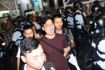 Pro-independence activist Andy Chan arrested by police on August 2. Photo: Apple Daily.