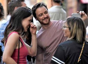 James McAvoy & Fiance Lisa Liberati Pose On 'Dispatches From Elsewhere' Set