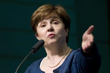 ワシントンでの会合で話すゲオルギエワ世界銀行最高経営責任者=2018年4月(AP=共同)