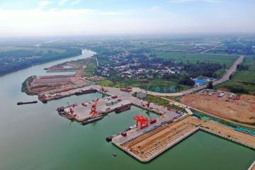 港湾経済、内陸都市の水路輸送を後押し 河南省