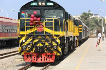 中国企業建設のベンゲラ鉄道、アフリカで両大洋結ぶ