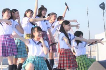 ローファーズハイ!!、初出演TIFで「夜明け Brand New Days」タップダンスVer.を披露