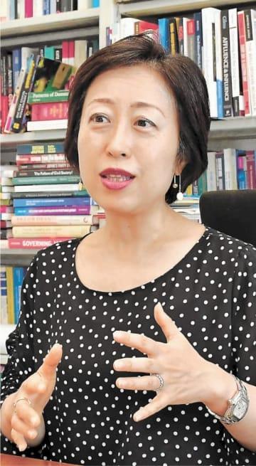 みうら・まり 慶大法学部卒。米カリフォルニア大バークレー校政治学博士課程修了。専門は現代日本政治論。著書に「日本の女性議員 どうすれば増えるのか」(編著)など。東京都生まれ。51歳。