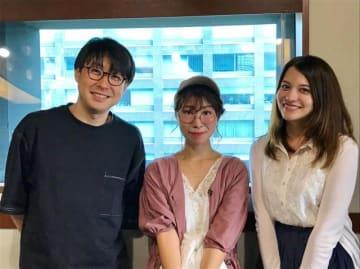 (左から)鈴村健一、十時千尋さん、ハードキャッスル エリザベス
