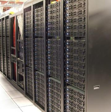 サーバに蓄積したビッグデータを活かさない手はない